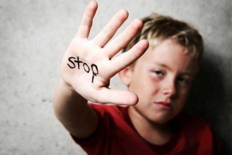 أثار التحرش الجنسي على الأطفال في الكبر.. تعرف على كل نتائج التحرش الجنسي على الطفل