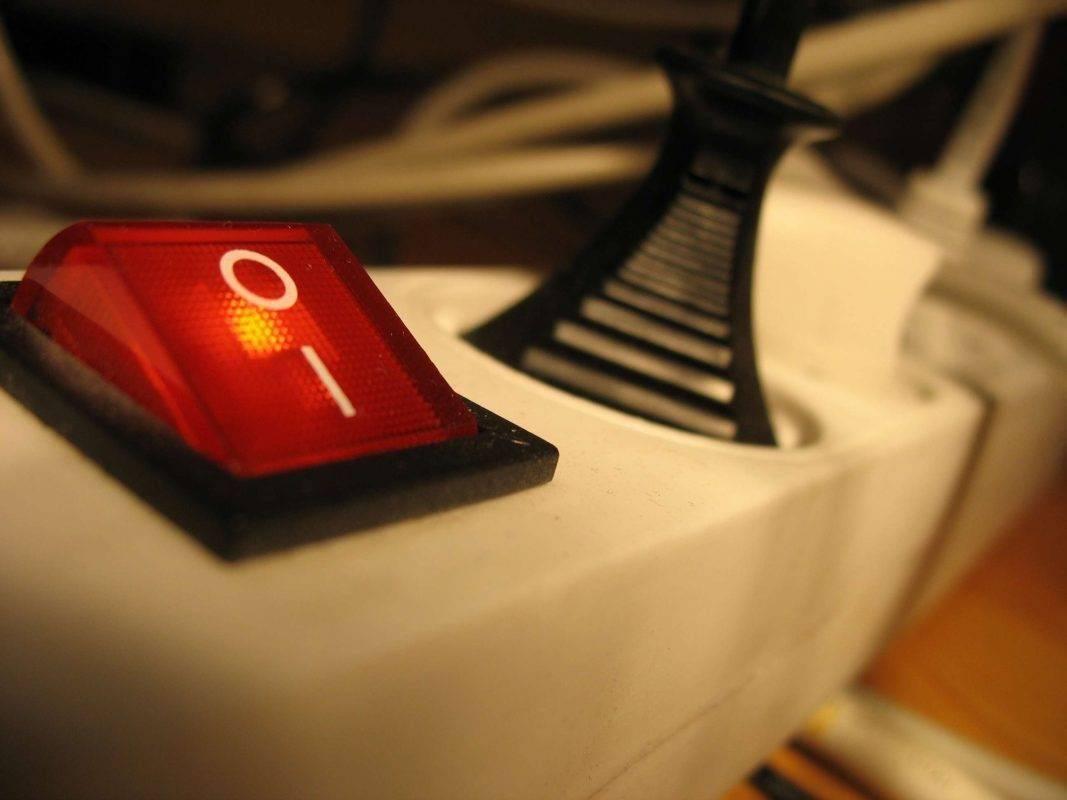 الاستعداد للطوارئ داخل المنزل في حالة انقطاع الكهرباء
