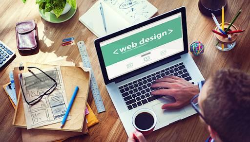 العمل في تصميم الويب