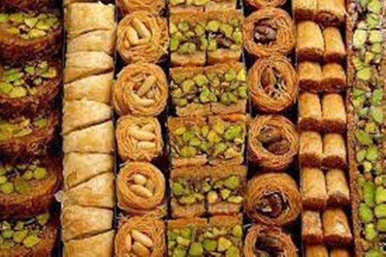 حلويات مشهورة في بيروت