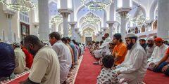 طريقة الصلاة الصحيحة بالصور
