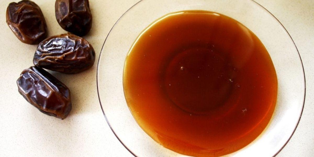 فوائد العسل والتمر على الريق