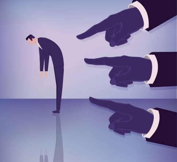 مقال عن النقد تعرف على كيفية التعامل مع النقد وأنواعه