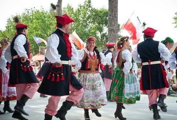 كيفية الزواج في بولندا  معلومات عن الزواج فى بولندا