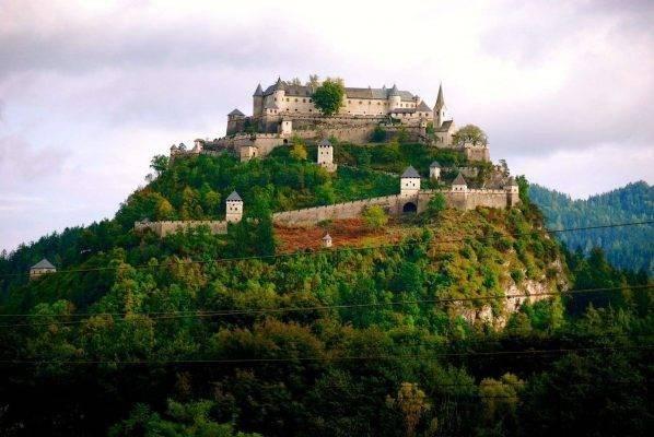 قلعة هوخسترفيتز