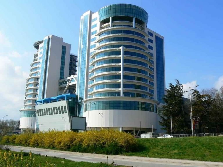 مول أبراج فارناMall Varna Towers