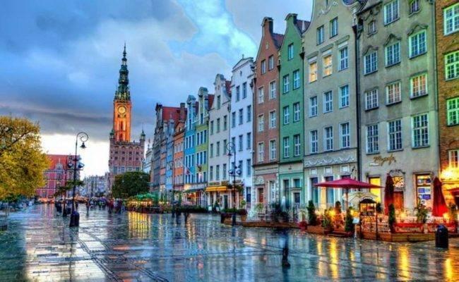 غدانسك  السياحة في بولندا في شهر يوليو