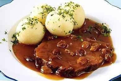 في ألمانيا ..أنت على موعد مع أشهى الأكلات وألذ المشروبات
