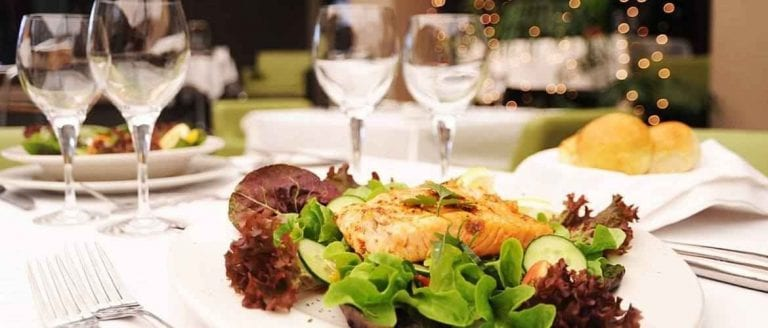 إليك أشهى الأكلات وأجمل المطاعم فى نيس .. تعرف عليها