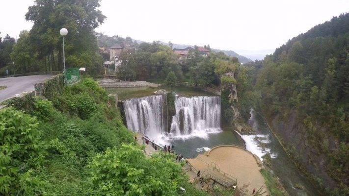 شلال Pliva  السياحة في البوسنة 2019