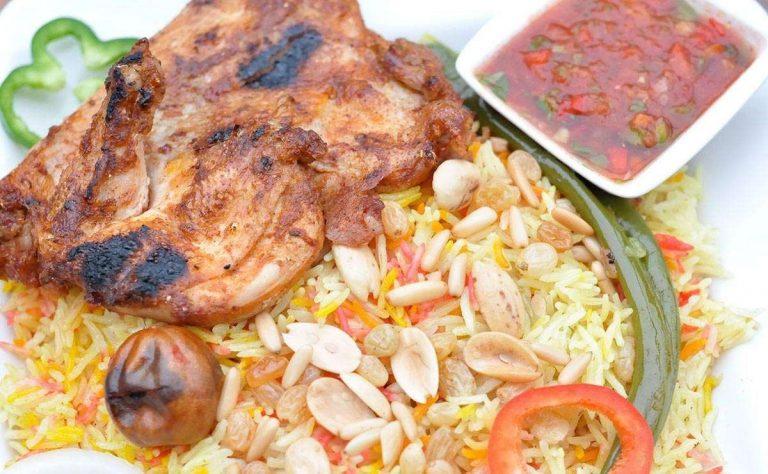 طهي لارز بالدجاج علي الموقد
