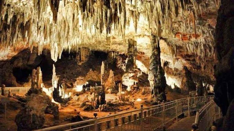 """"""" مغارة بنى عاد Cave Beni Add"""" .. افضل اماكن السياحة في مدينة تلمسان .."""