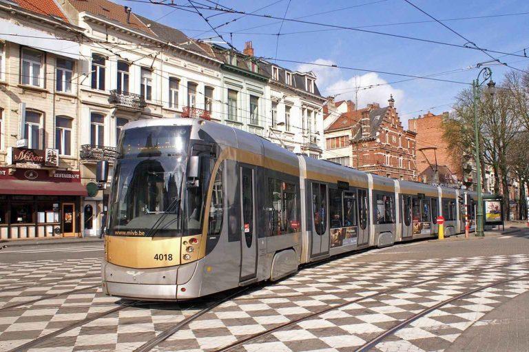 المواصلات في بلجيكا  كل ماتريد معرفته عن التنقلات