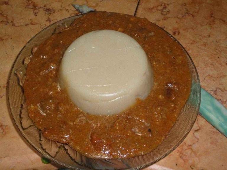 ملاح نعيمية  الأكلات المشهورة في السودان Sudan