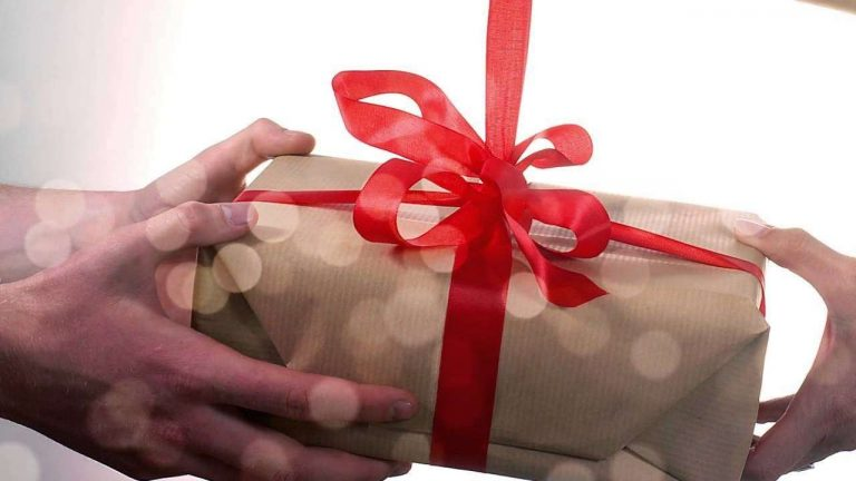 هل تعلم عن الهديه  معلومات وحقائق مدهشة عن الهدايا لا تفوتك معرفتها