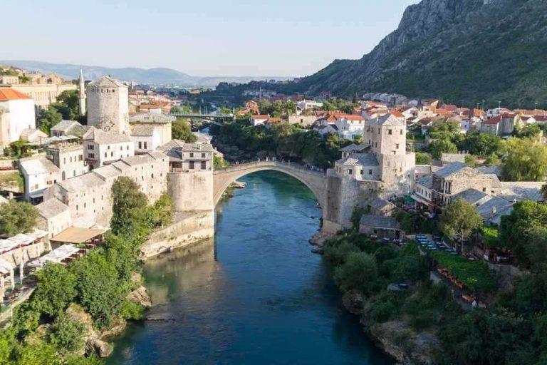 زيارة البوسنة