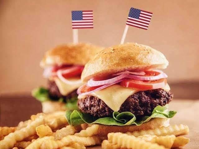 بماذا تشتهر امريكا في الأكل