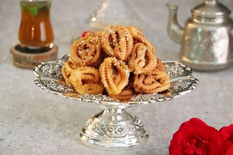 الحلويات المشهورة في الجزائر