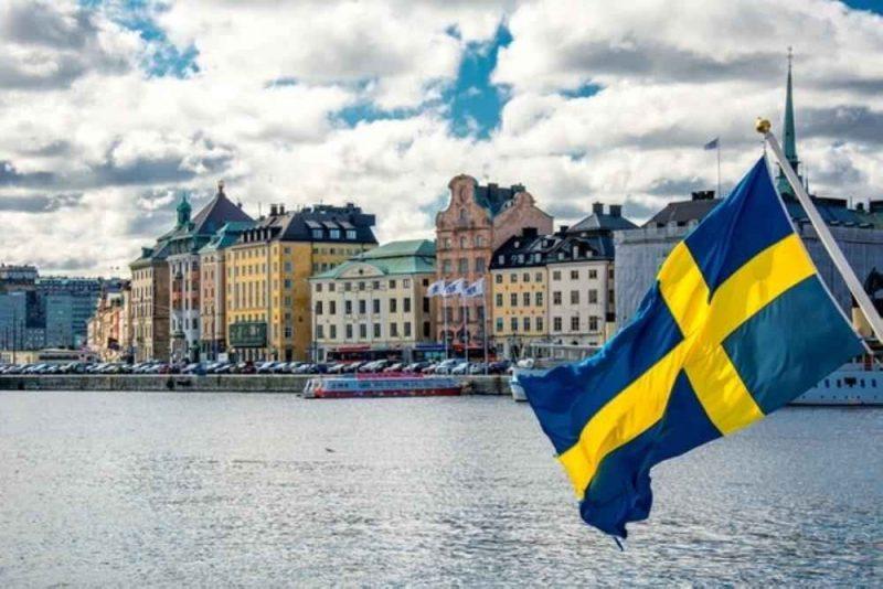 تعرف على اللغة السويدية